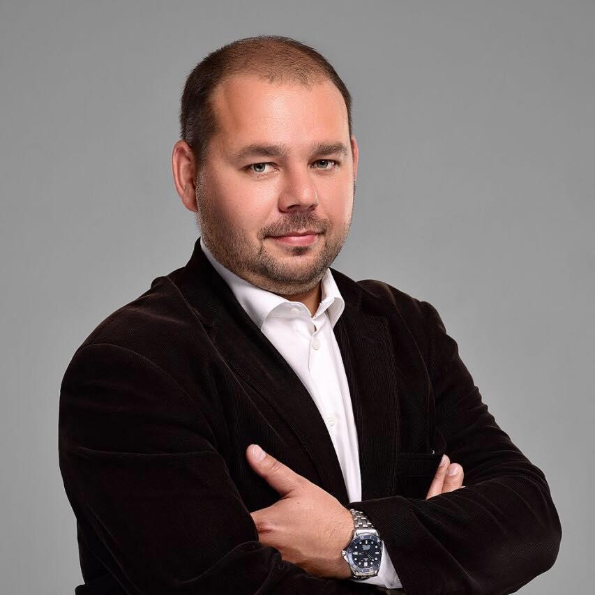 Константин Лежнин