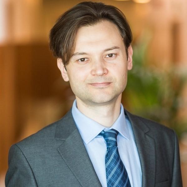 Максим Глотов