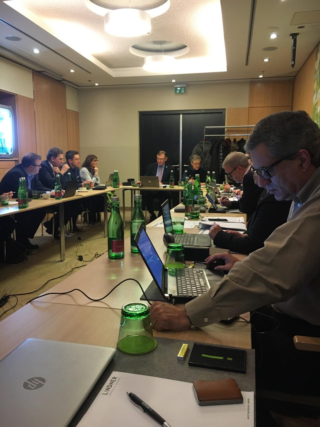 З червня 2020р. EAST змінює звичний формат роботи, заміняючи засідання  Національних представників міжнародними Конгресами, що є відображенням   стратегії глобалізацію  EAST та її співпраці з країнами за межами Європи.  Перше засідання EAST  відбулось в лютому 2004 року в Брюсселі (Бельгія), і протягом 16 років представники фінансових інститутів, профільних Асоціацій та процесингових компаній  країн Європи збираються  тричі   на рік для обміну актуальною інформацією щодо  банкоматного та платіжного шахрайства,   досвідом мінімізації ризиків та взаємодії з правоохоронними органами.