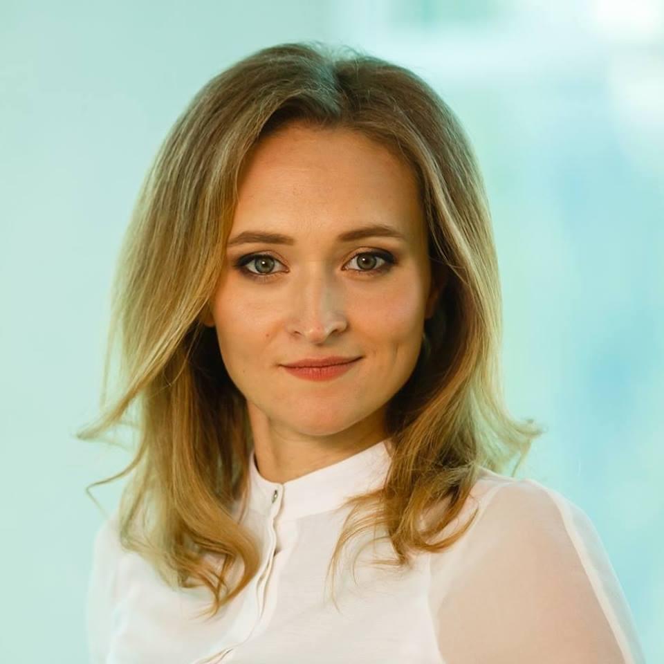 Олена Колченогова